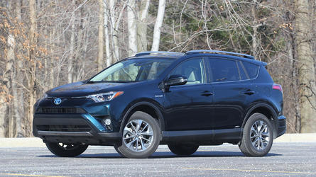 2017 Toyota RAV4 Hybrid Review