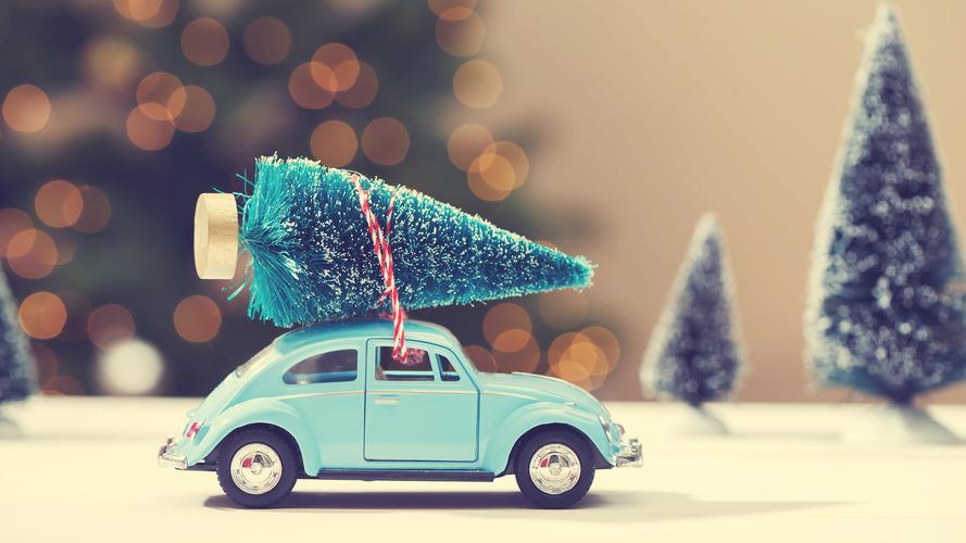 Happy Holidays from Motor1!