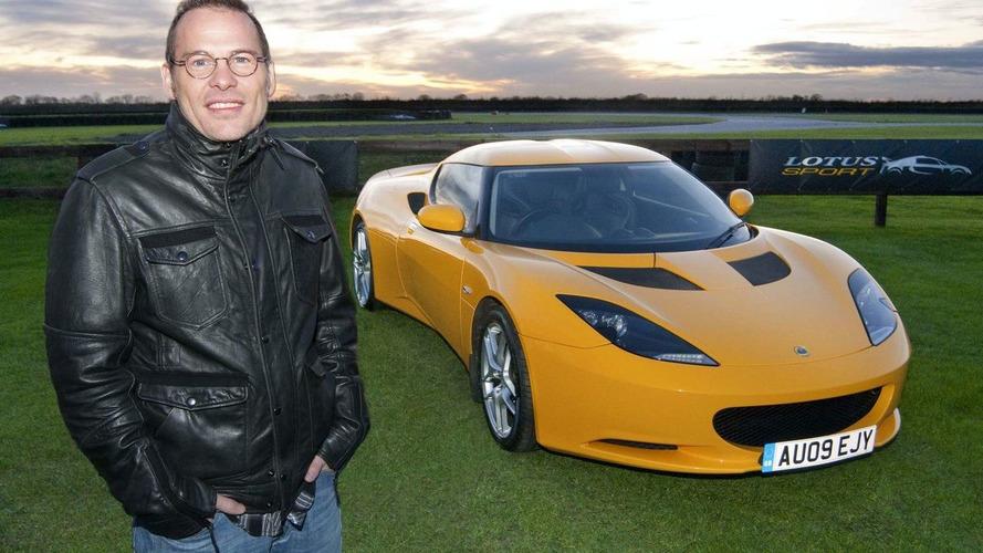 Boss rules out Villeneuve for Lotus seat