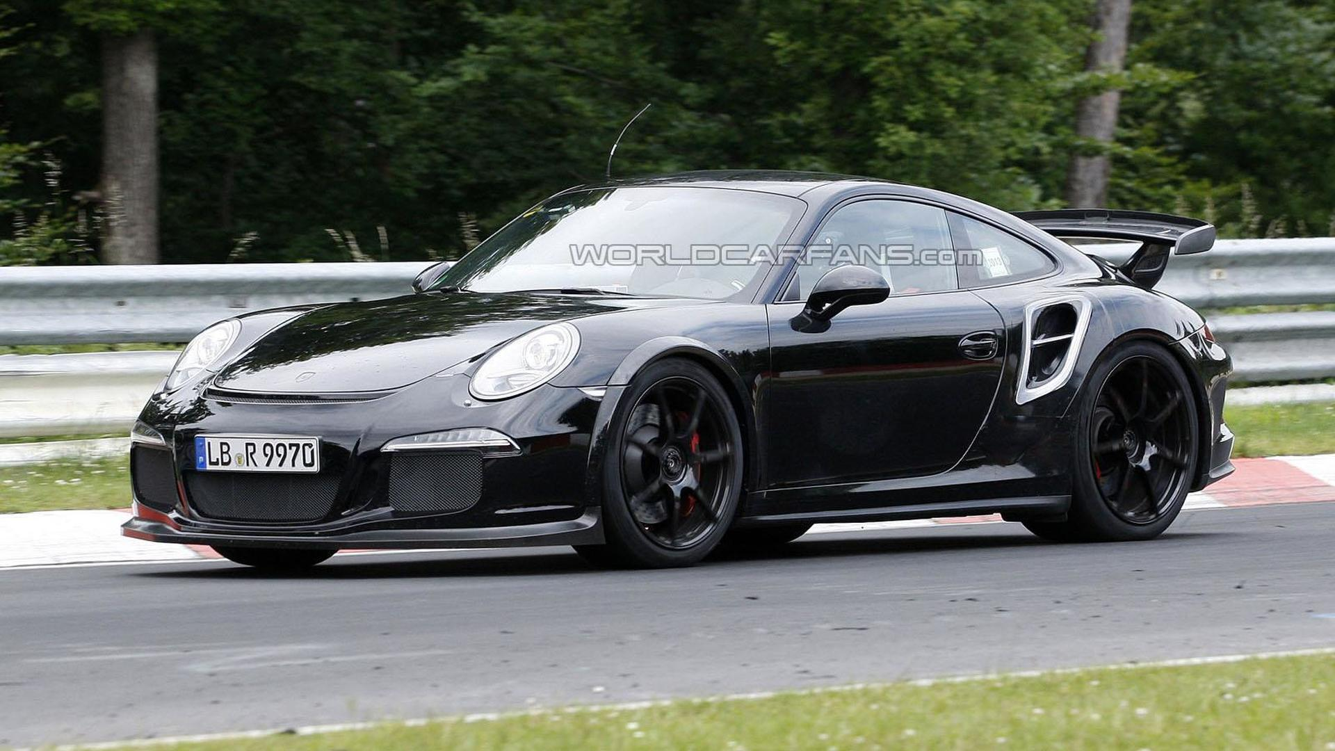 2014 Porsche 911 GT2 spied attacking the 'Ring [video]