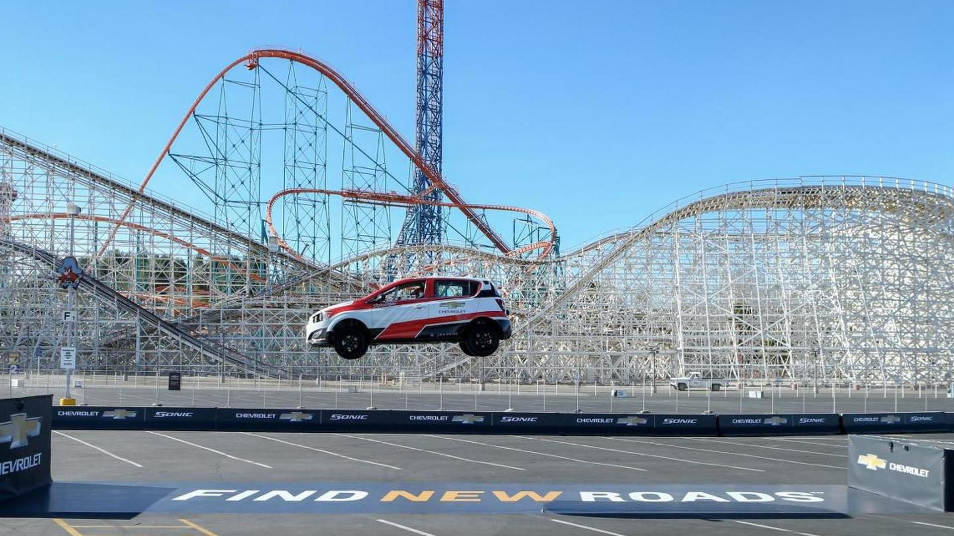 Chevrolet Sonic RS sets a Guinness World Record for the farthest reverse jump [video]
