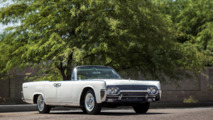 Jacqueline Kennedy 1961 Lincoln Continental