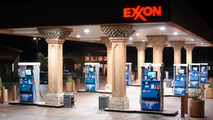 Oil prices hit nearly 7-year low