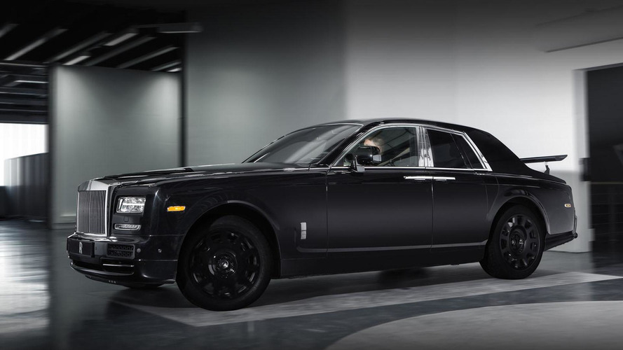 Rolls-Royce crossover mule unveiled