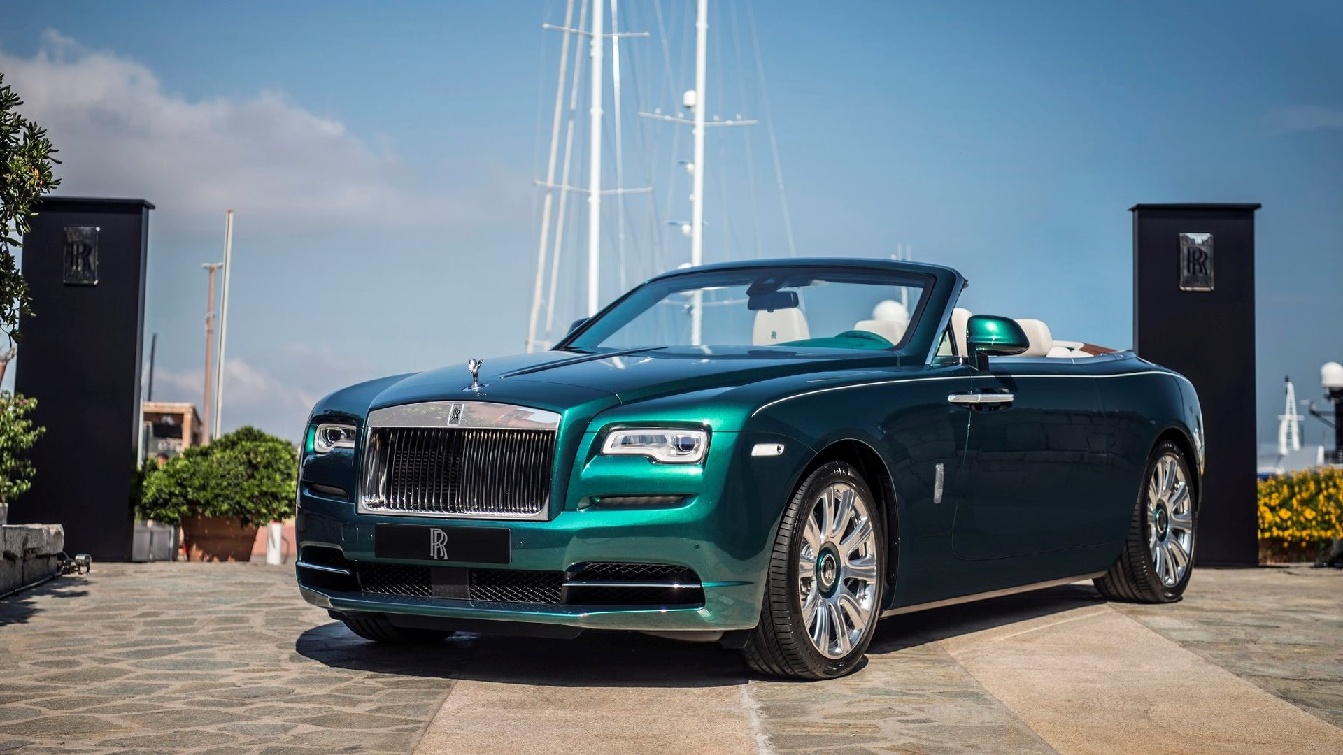 Rolls-Royce presents bespoke, jewel-encrusted Dawn and Wraith