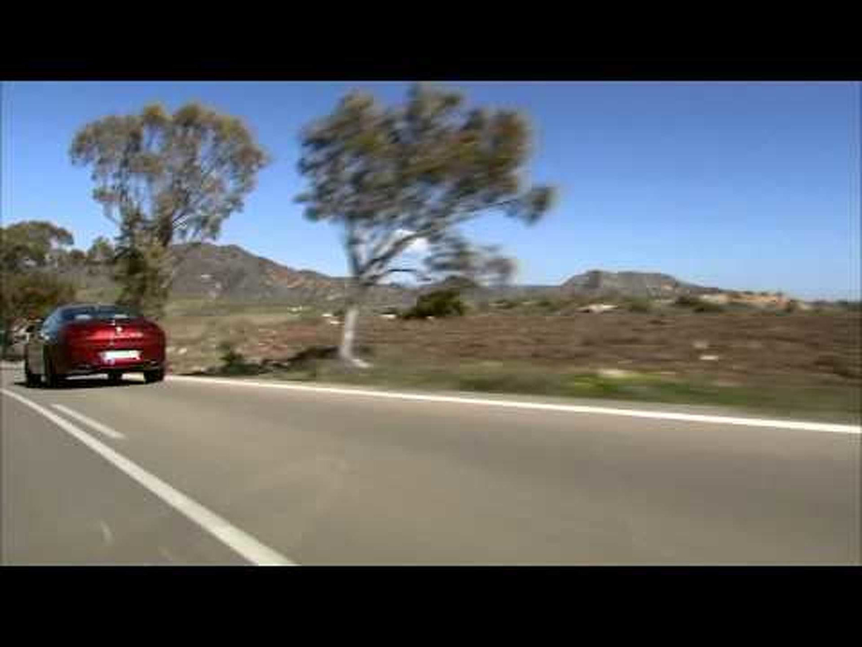 2012 BMW 6-Series Coupe car-to-car driving scenes
