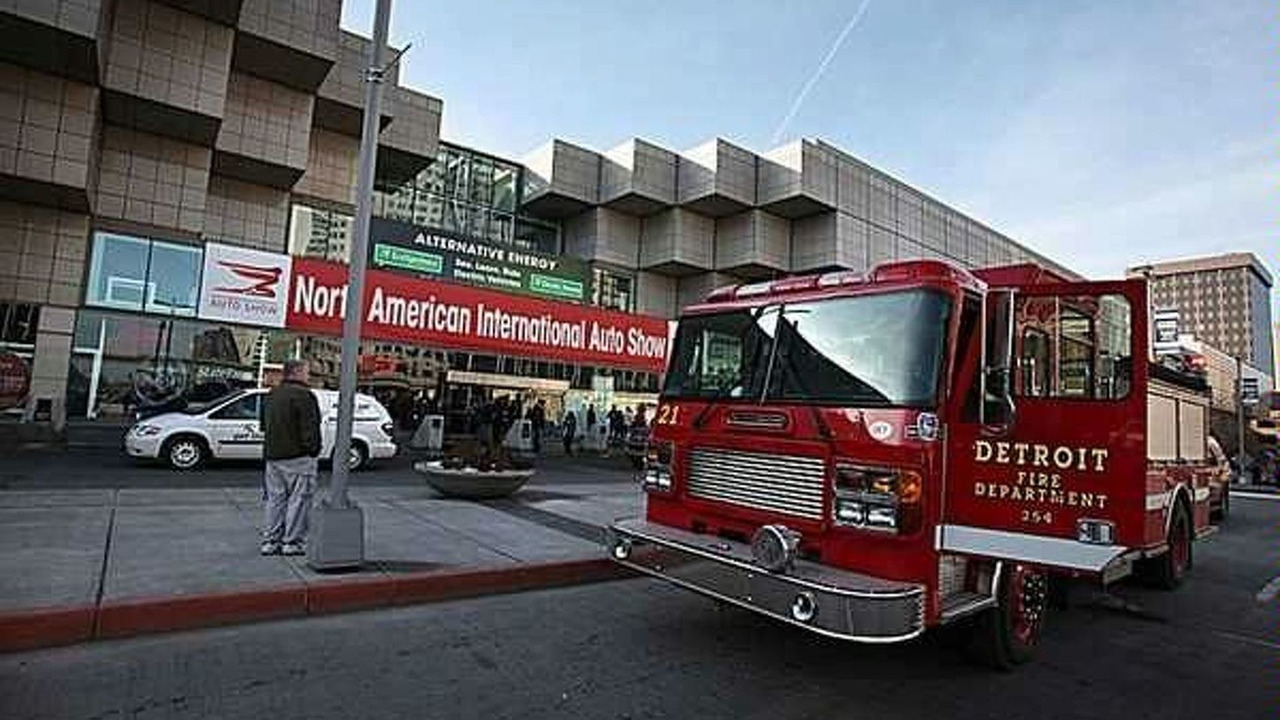 Detroit Auto Show Fire Given the All Clear After Evacuation - 21.01.2010