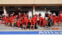 Fry, Horner join calls for mandatory two pitstops