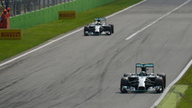 'Luck' helped Hamilton win in Monza - Rosberg