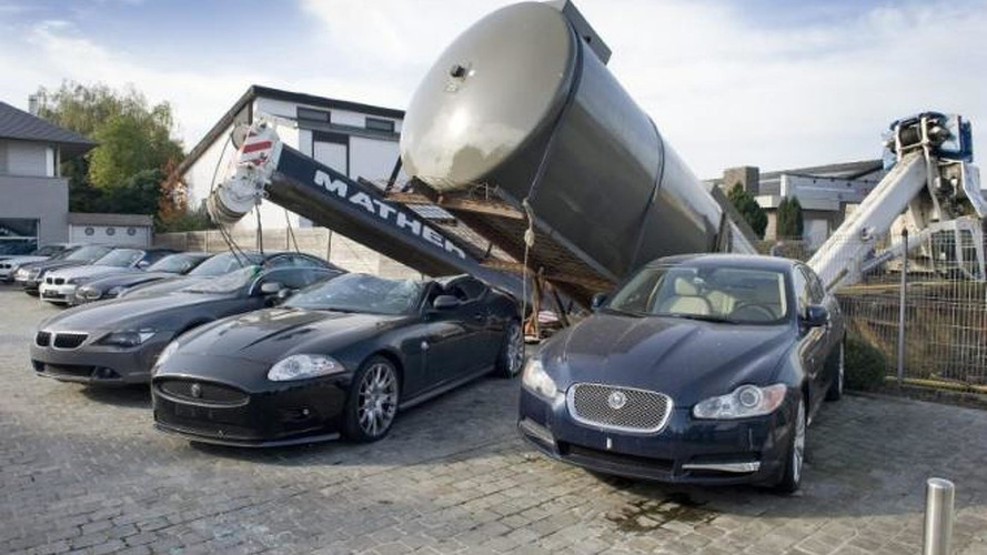 Jaguar XK-R and BMW 6-Series destroyed after a crane collapsed