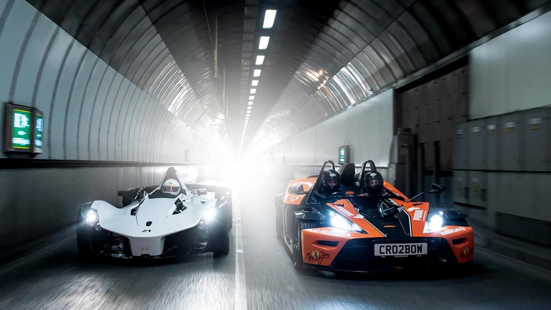 BAC Mono, Ariel Atom, KTM X-BOW and Caterham R300 trip to London [video]