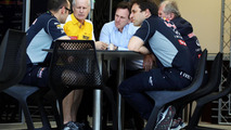 F1 team split eases after London meeting