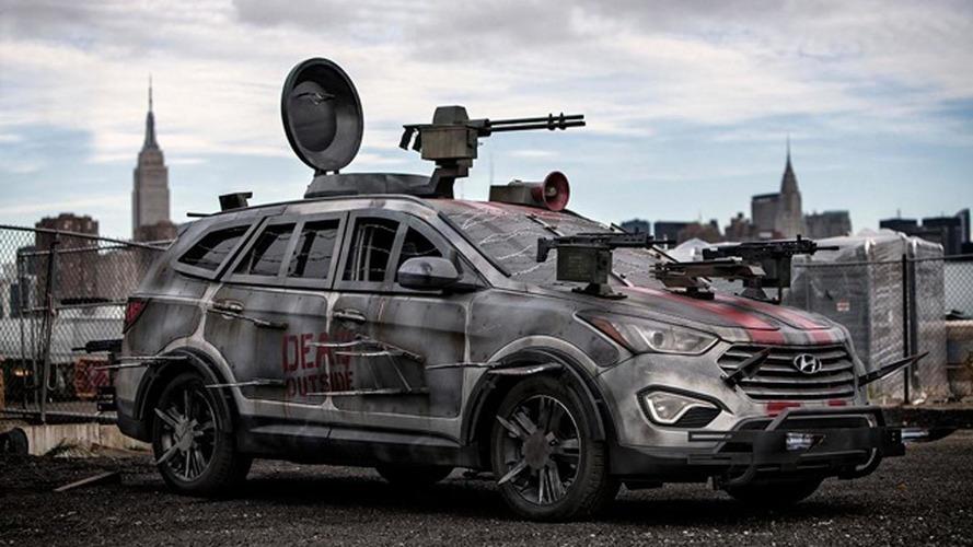 Hyundai Santa Fe Sport Zombie Survival Machine unveiled at Comic Con