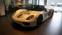 Porsche 918 Spyder stolen from dealer in broad daylight