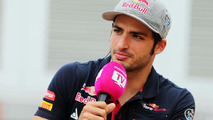 Sainz lost lucky grey cap in Barcelona