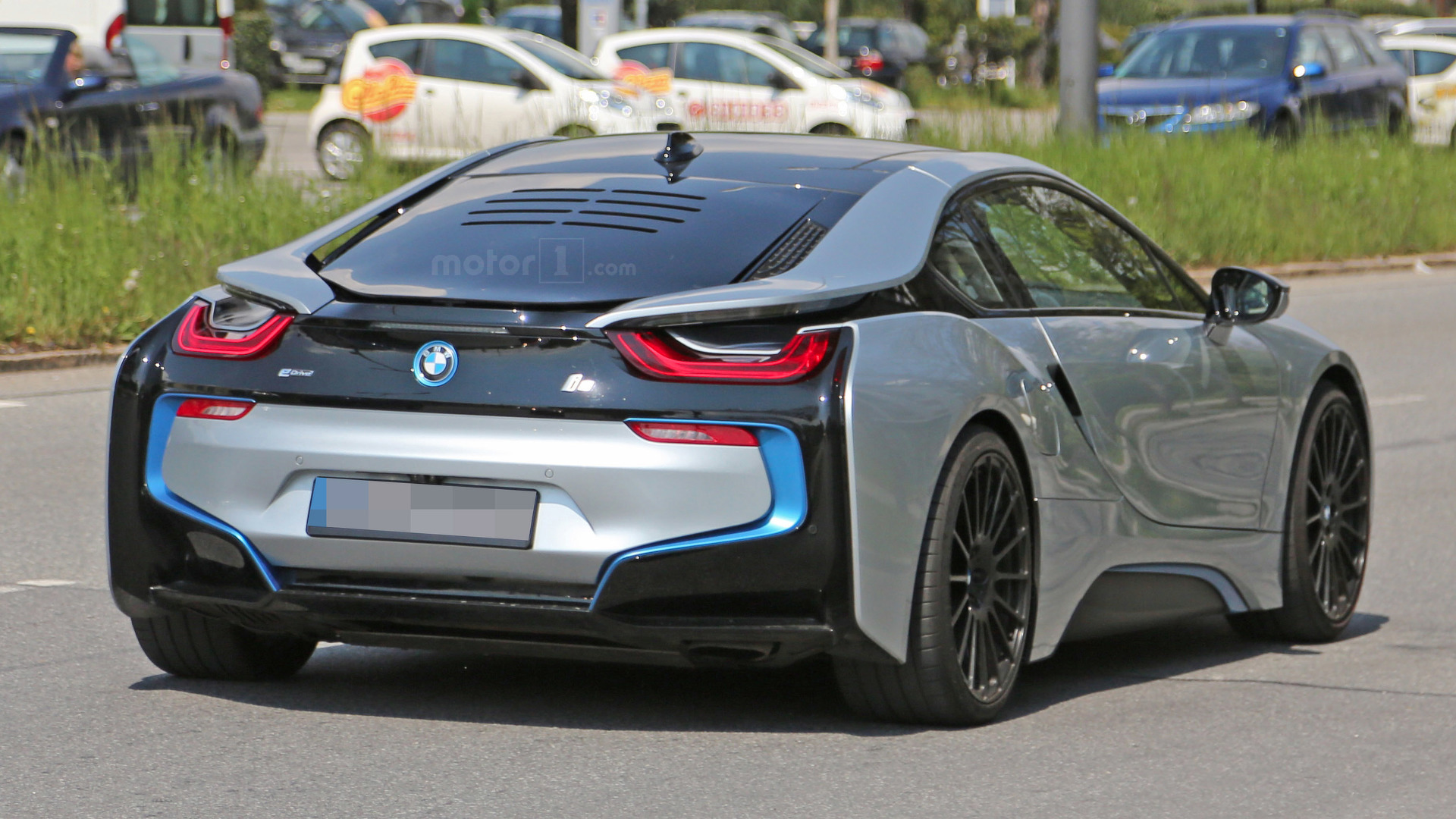 Potential high-performance BMW i8 variant spied with extra cooling vents