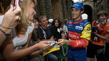 Senna confirms deal for 2010 F1 debut