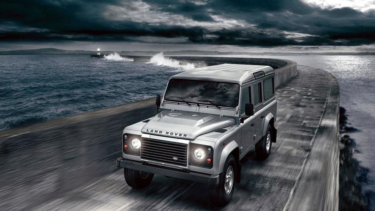 2012 Land Rover Defender - 12.8.2011