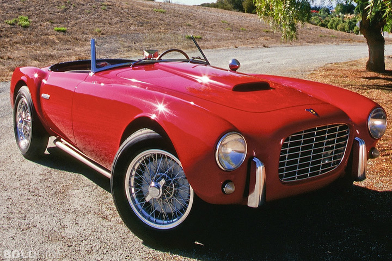 Siata 208S: V8 Sports Car That Looks Like a Mini Cobra