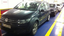 2014 Volkswagen Touran spied completely undisguised