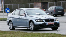 BMW 3-Series Facelift Spied