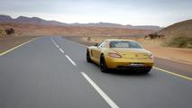 Mercedes SLS AMG Desert Gold Video Released