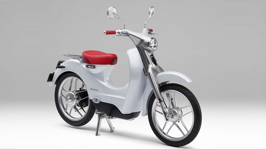 Honda Announces New Electric Scooter for 2018