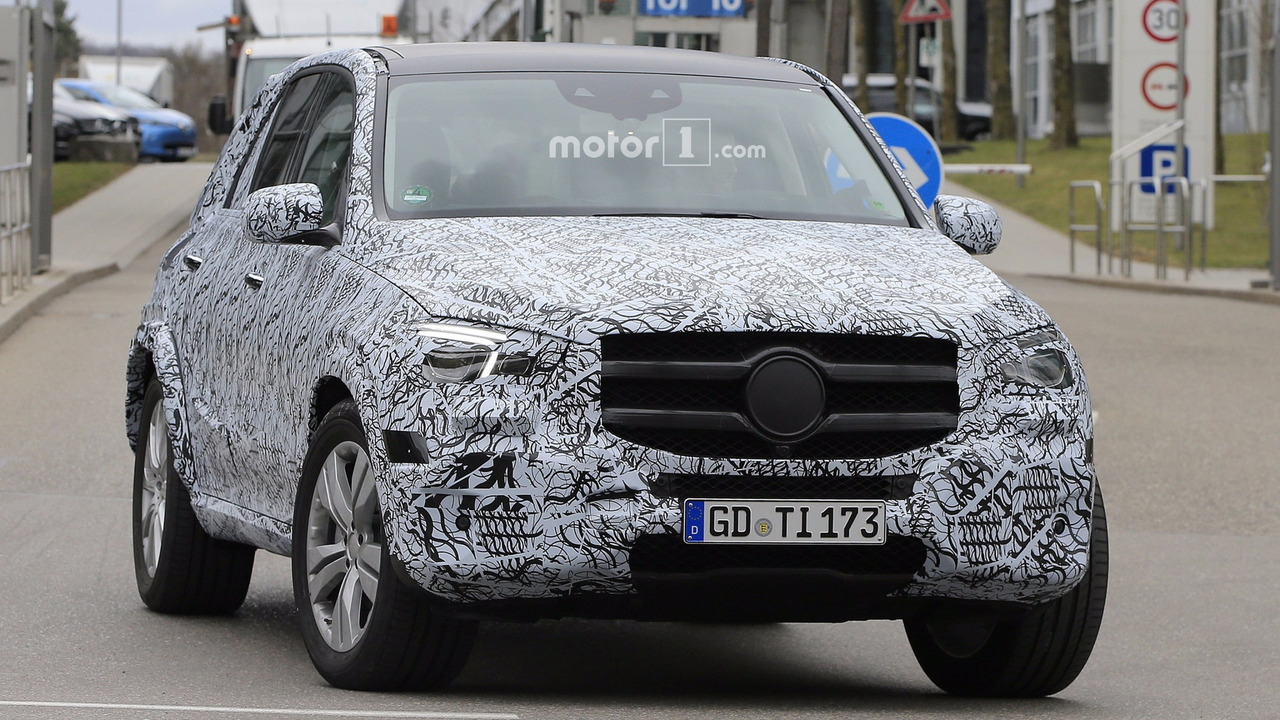 2019 mercedes gle spied inside and out for Mercedes benz gle 2019