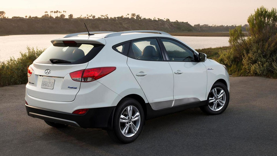 2016 Hyundai Tucson Fuel Cell unveiled with minor changes