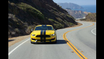 Ford Mustang Shelby GT 350R, un V8 da urlo [VIDEO]
