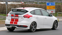 Ford Focus ST Plus spy photos