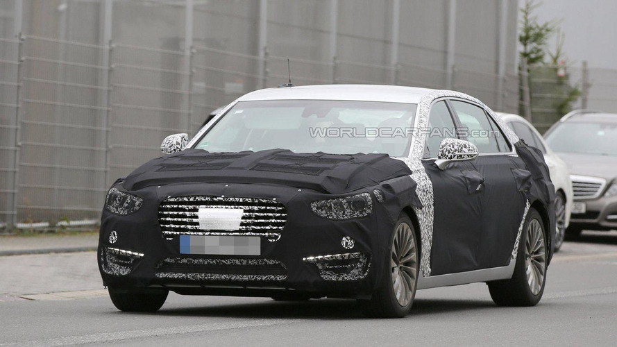 2017 Hyundai Equus spied in Germany