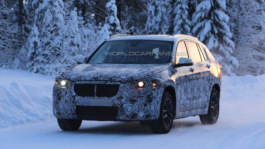 2016 BMW X1 spied in five- & seven-seat configurations