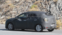 Suzuki five-door hatchback prototype spy photo