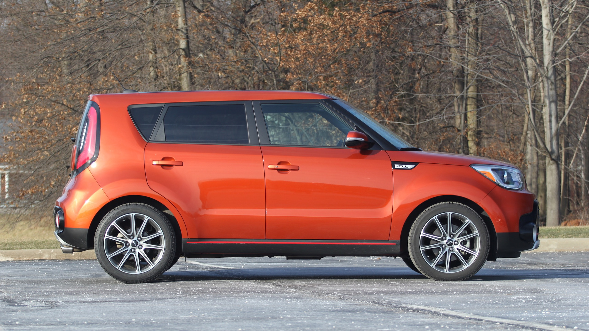 photos spy even souls spyshots before than in boxier news kia autoevolution new looks soul