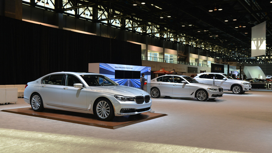 BMW only brought plug-in vehicles to the Chicago Auto Show [UPDATE]