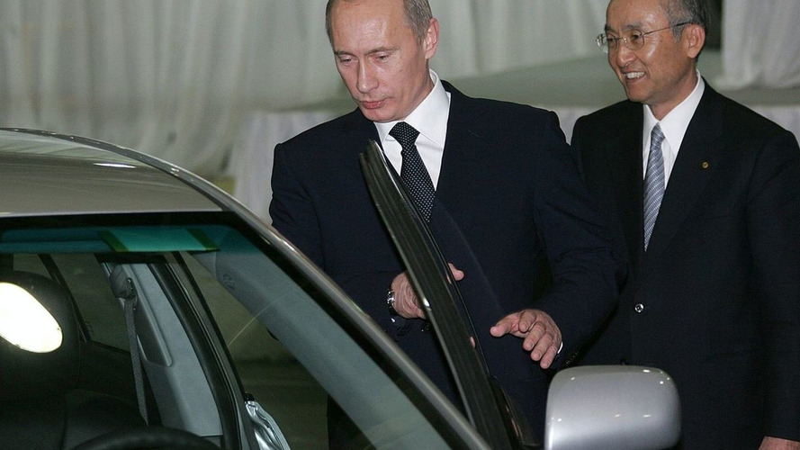 Russia Gets $1.8 Billion From Carmakers