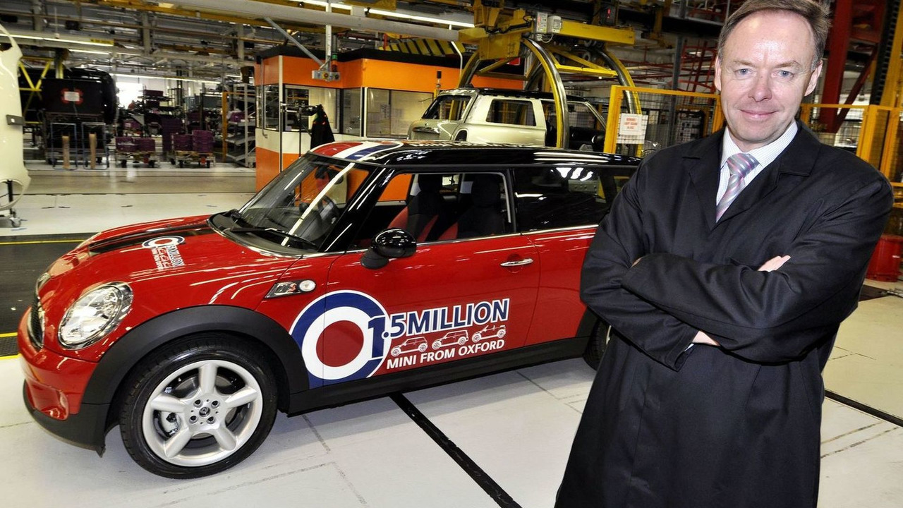 Ian Robertson, Board Member of BMW, in front of the 1,5 millionth MINI at plant Oxford