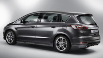Ford launches S-MAX Titanium Sport range-topping model