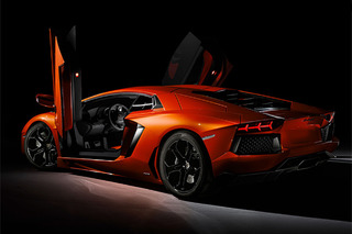 Agency Offers $100,000 for Stolen Lamborghini Aventador in NYC
