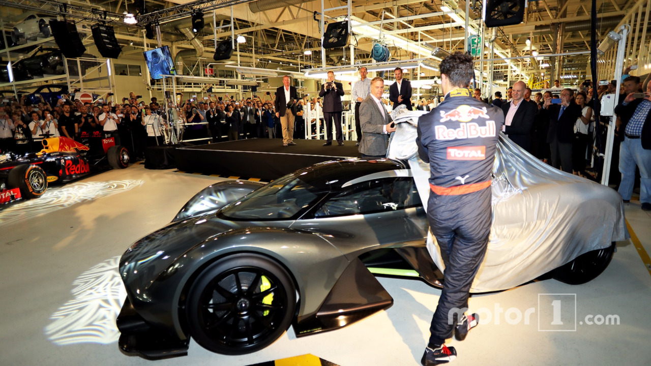Adrian Newey reveals reveal the the AM-RB 001