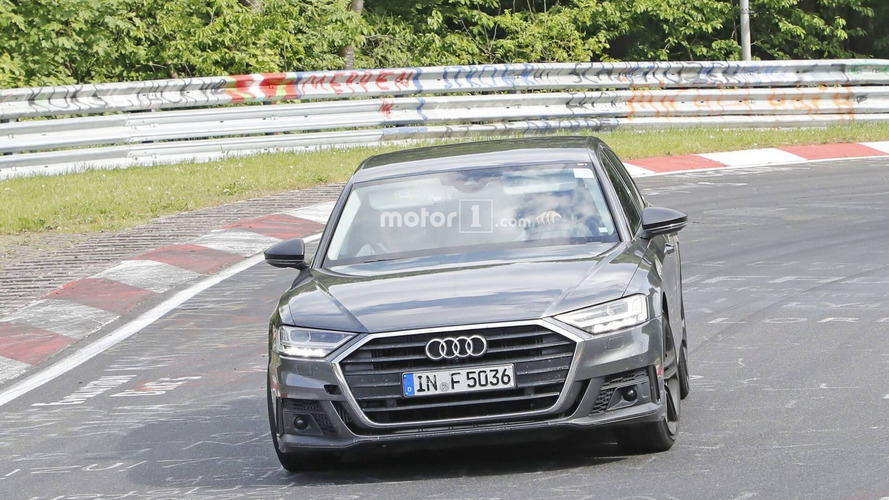 Audi S8 photos espion Nurburgring