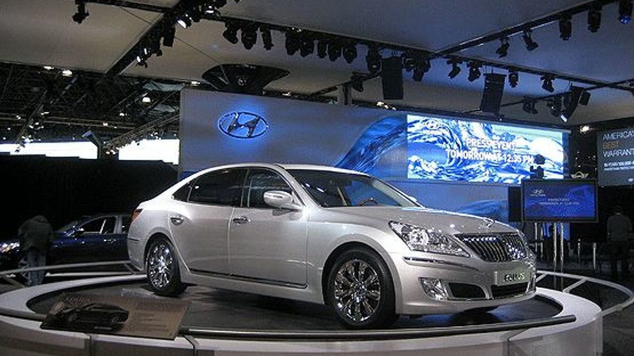 Hyundai Equus at New York Auto show 2009