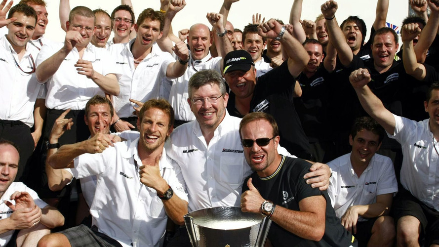 Mercedes to buy into Brawn team - report