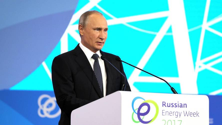 Putin: EVs Worse Than Combustion Cars, Still Fancies A Tesla