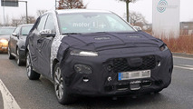 2018 Hyundai B-segment crossover spy photo