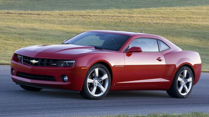 2011 Chevrolet Camaro gets small price increase, V6 rated at 312hp