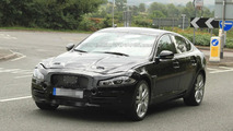 2016 Jaguar XF spy photo 27.08.2013