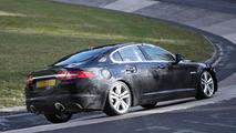 2015 Jaguar XF mule 29.10.2013