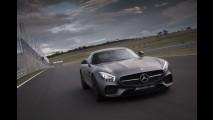 Tenista Rafael Nadal ganha Mercedes AMG GT, mas diz que prefere Kia - entenda